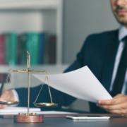 Wage der Gerechtigkeit Rechtssystem Jura Insolvenzanfechtung