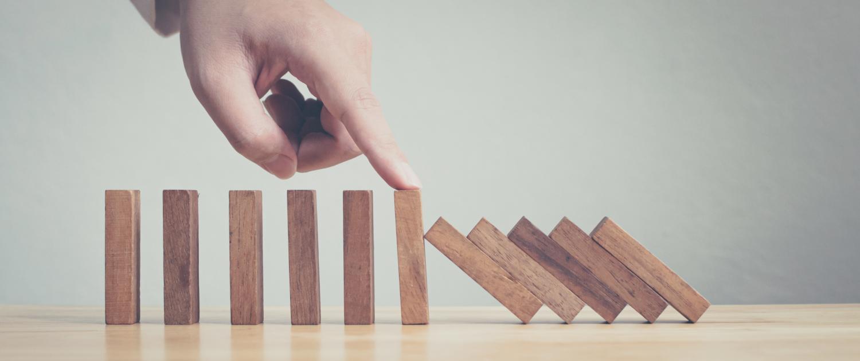 Sind Risiken durch Kunden unterschätzt? Lesen Sie hier, wie Kunden (und solche, die sich dafür ausgeben) Ihrem Unternehmen schaden könnten – und was Sie tun können.